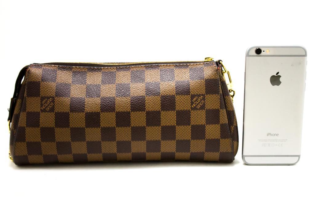 aaa9953f5f Si dice che Louis Vuitton borse usate in Giappone sono in condizioni  migliori rispetto a quelle di altri paesi. Questi sacchetti sono stati  acquistati dal ...
